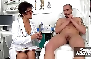 Eva a Czech big natural chest doctor lady