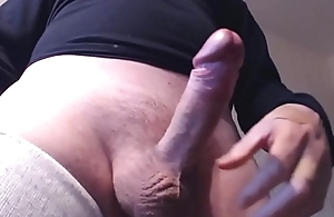 My solo 102 (Small intense cumload from my hairy balls)